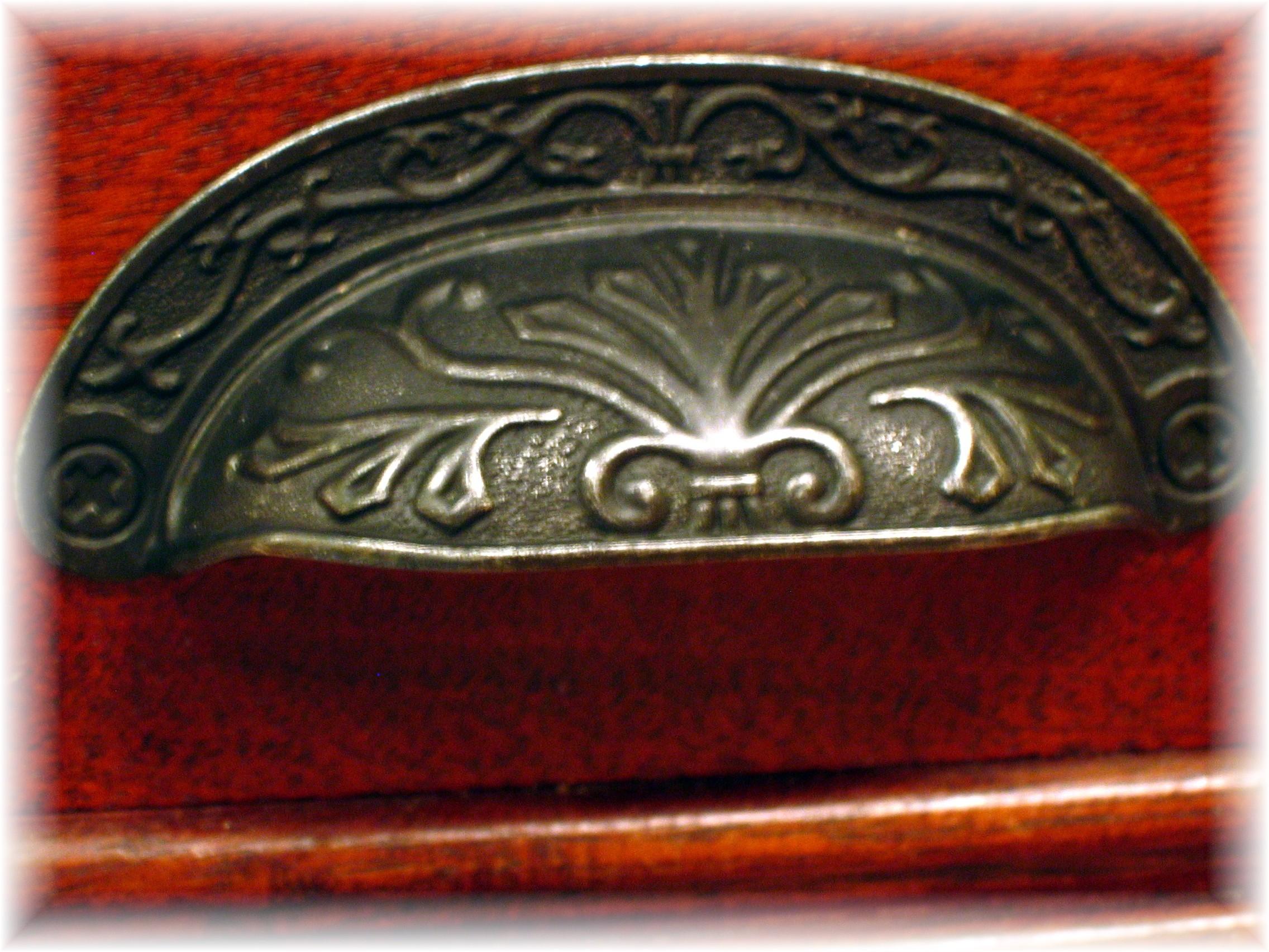 Kitchen bath design gallery orange nj - Hardware Detail
